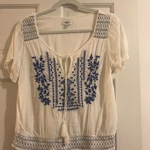 American Eagle White and Blue Embroidery Top